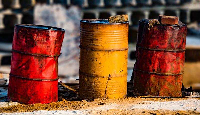 سقوط دوباره قیمت نفت خام