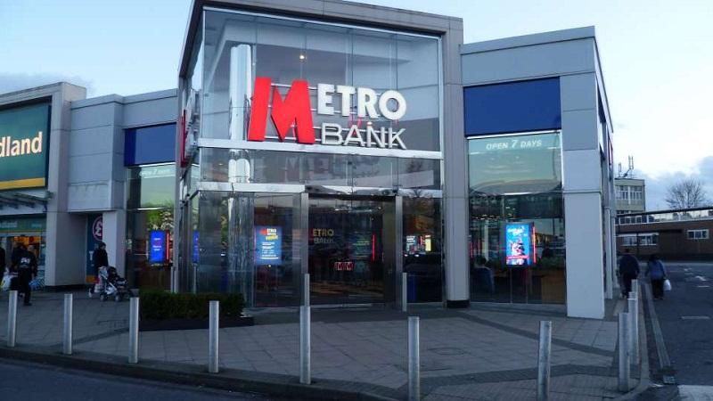 یک بانک انگلیسی حساب مشتریان ایرانی را بست