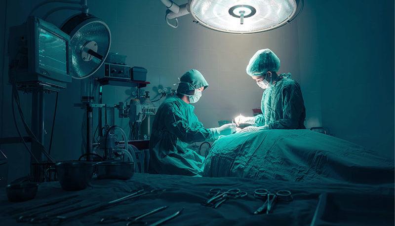 فیلم اشکهای متاثرکننده یک رییس بیمارستان / آغاز تعدیل نیرو در بیمارستانها