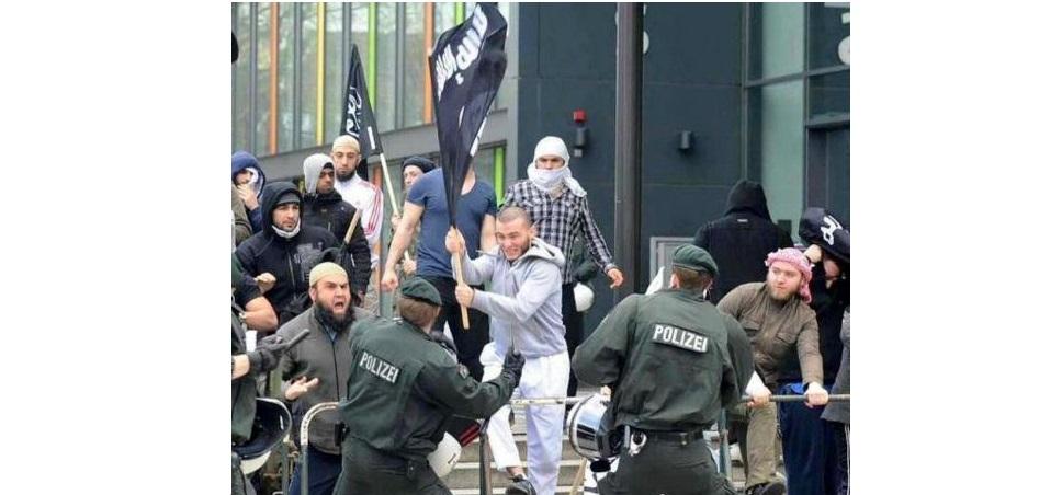اعتراضات مسلمانان