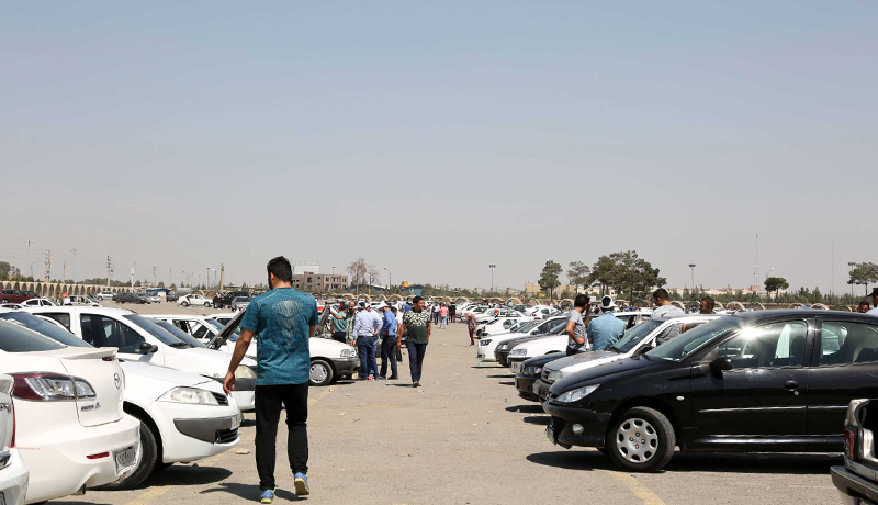 رکود بیسابقه در معاملات خودرو / بازار در انتظار ریزش قیمتها