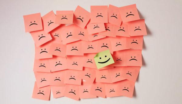 مثبتاندیشی در محل کار: لبخند زدن و داشتن حس مثبت کافی نیست
