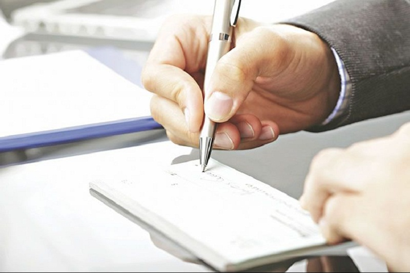 صدور چک بانکی در وجه حامل از ۲۱ آذر ممنوع میشود