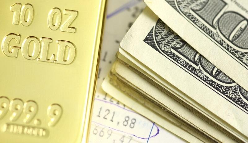 ادامه رشد دلار بهدنبال سقوط نفت / طلا بدون تغییر باقی ماند