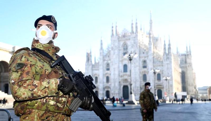 کلیسای میلان ایتالیا سرباز ارتش