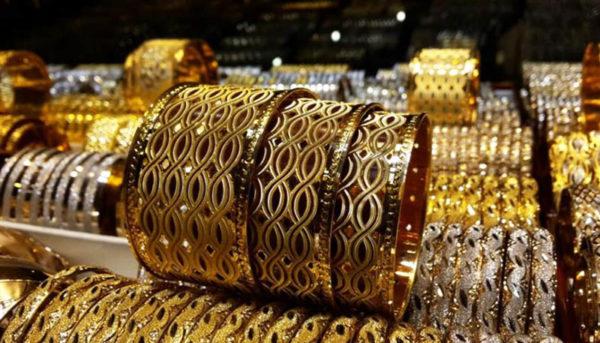 روند کاهشی قیمتها در بازار طلا و سکه / قیمت طلا و دلار امروز ۹۹/۳/۶