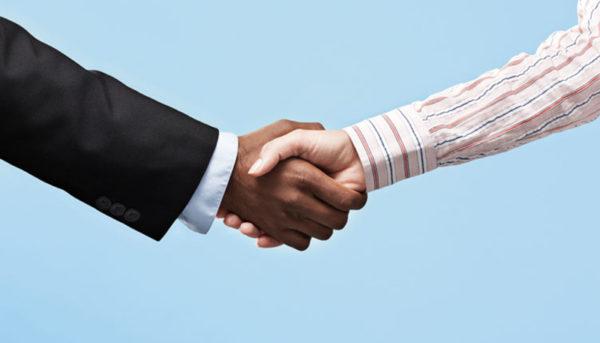 سلام و احوالپرسی در دوره کرونا: چگونه با یکدیگر دست ندهیم؟