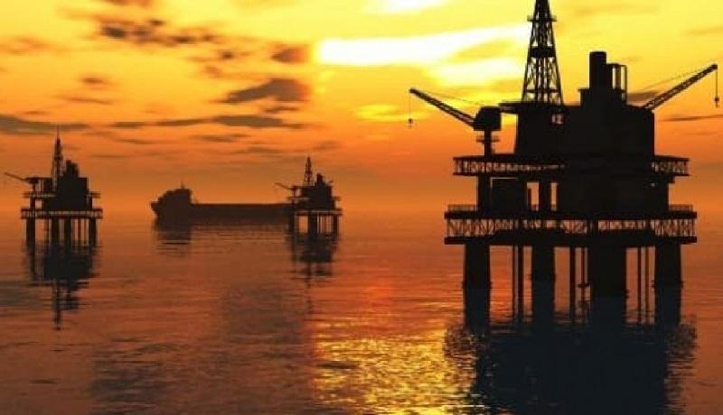 سقوط ۴ درصدی قیمت نفت خام در واکنش به کرونای ترامپ