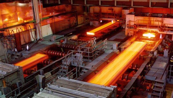 قیمتگذاری در بازار فولاد کنار گذاشته شد