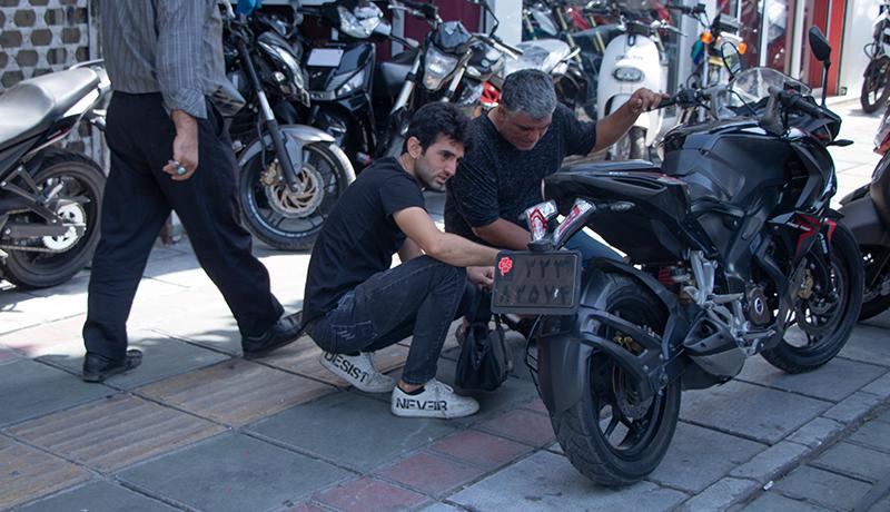 قیمت انواع لاستیک و قفل موتورسیکلت در بازار