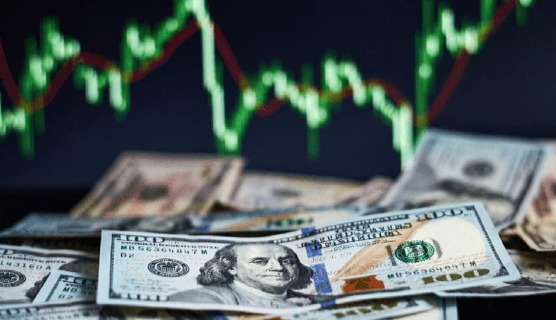 خطر سقوط ناگهانی دلار