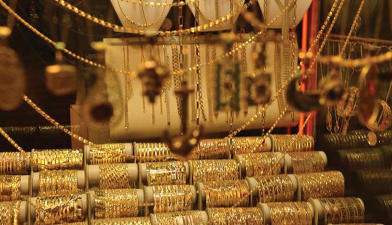 افت قیمتها در بازار طلا و سکه / قیمت دلار و یورو امروز ۹۹/9/4