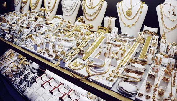 در بازار طلا و سکه چه گذشت؟ / قیمت دلار و یورو امروز ۹۹/۴/۱۱
