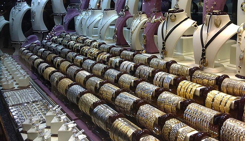 امروز در بازار طلا و سکه چه گذشت؟ / قیمت دلار و یورو امروز ۹۹/10/7