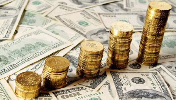 رشد دلار و طلا در معاملات روز چهارشنبه / قیمت فلز زرد برای سومین روز متوالی افزایش یافت