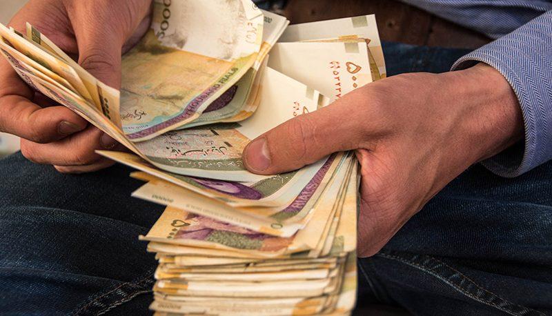 پول داغ در اقتصاد ایران: چرا مردم میخواهند از شر تومان و ریال خلاص شوند؟
