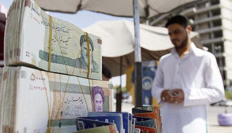 تقاضای مشکوک برای خرید دلار / قاچاق ارزهای صادراتی به سلیمانیه صحت دارد؟