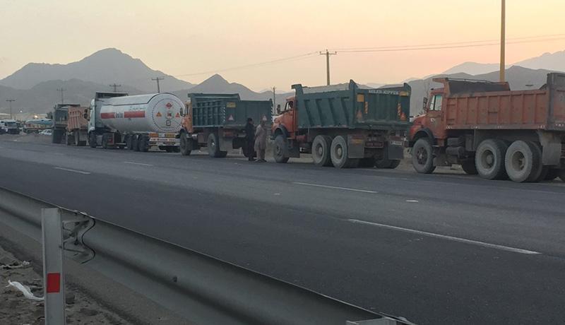 کامیون در صف گازوئیل