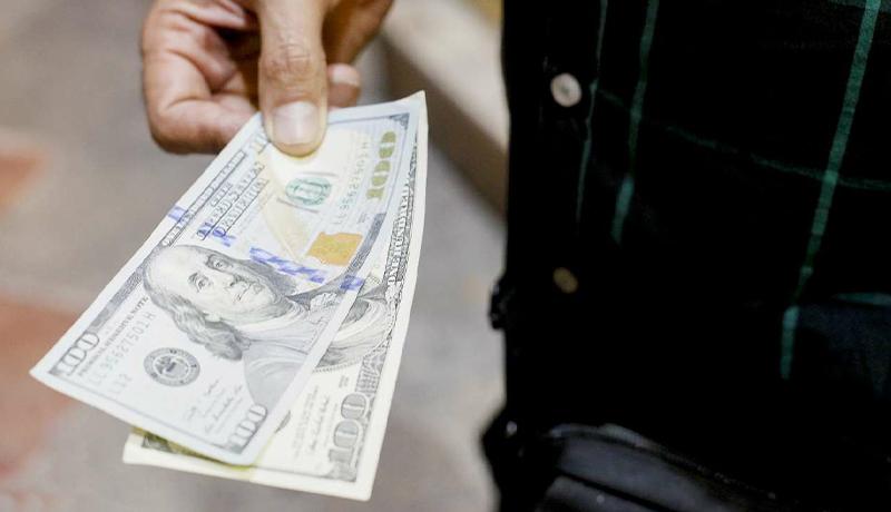 قیمت دلار امروز ۱۶ دی ۹۹ چقدر شد؟