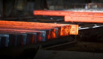 نرخ فولاد در بورس باید ۹۰ درصد قیمت جهانی باشد
