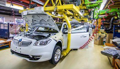 چینیها با صنعت خودرو ایران چه میکنند؟