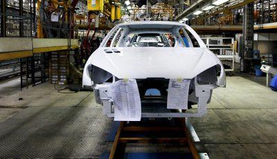 ۱۵۰ هزار خودرو ناقص در صورت ترخیص مواد اولیه تکمیل میشوند