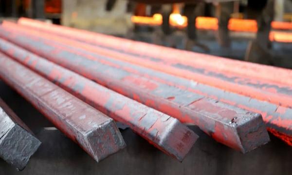 روند افزایشی قیمت شمش فولاد ادامه دارد