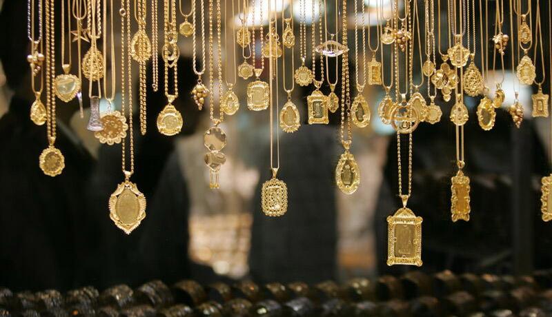 طلا اندکی گران شد / مردم پول ندارند، طلا نمیخرند