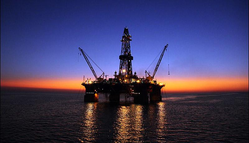 بلومبرگ: نشانههایی از افزایش صادرات نفت ایران دیده میشود