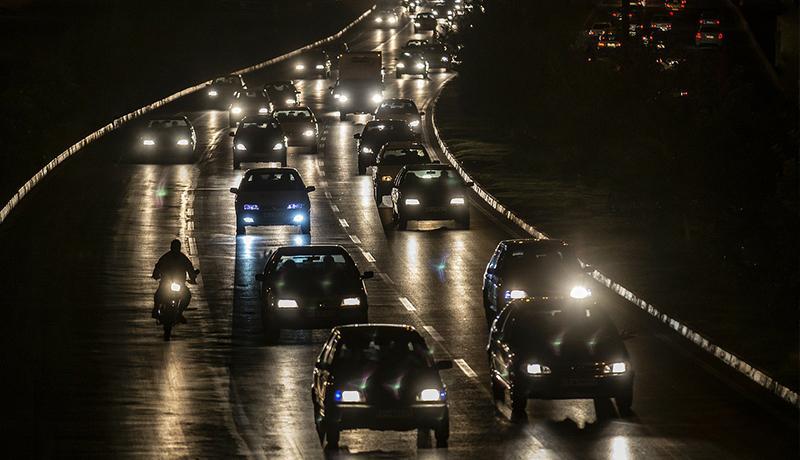 ممنوعیت تردد کامیونها و لغو منع تردد خودروهای سواری