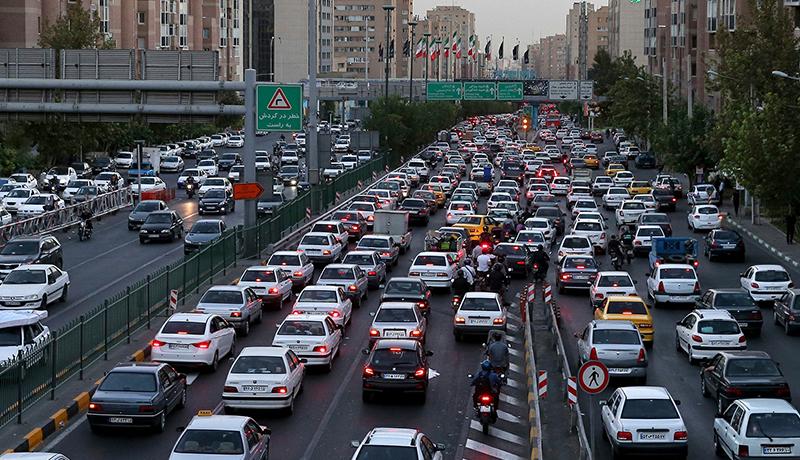 چرا گاهی کرایه تاکسیهای اینترنتی وسط سفر زیاد میشود؟!