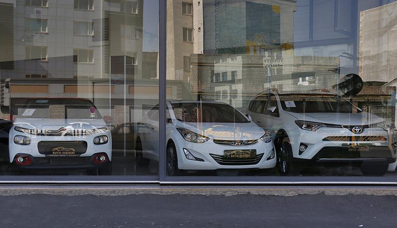 راهکار دولت برای کاهش قیمت خودرو چیست؟ / آگهیهای فروش، خودرو را گران کرد؟