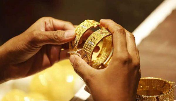 طلای ایران به کشورهای دیگر صادر میشود؟