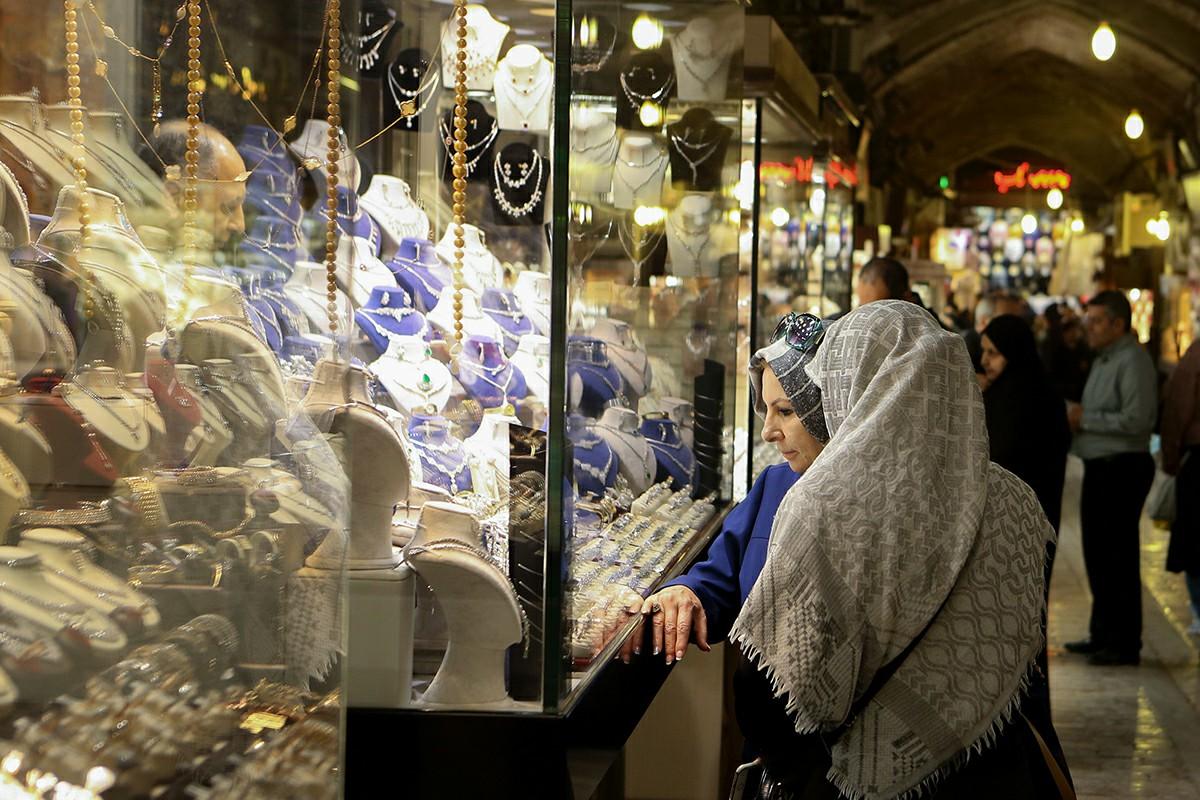 اولین قیمت طلا و سکه امروز 15 آذر چقدر شد؟ / طلا طبق انتظار عمل کرد