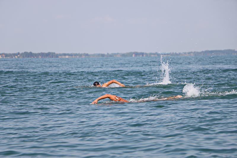 فنون شنا در آبهای خزر