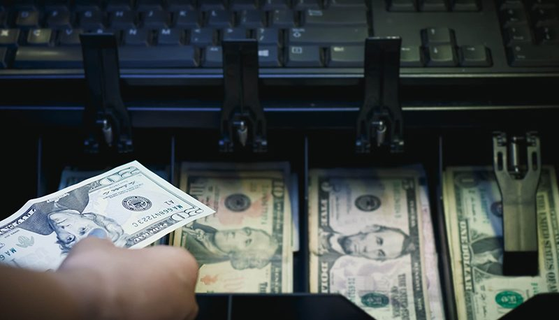 اولین واکنش بازارها در دوره بایدن / رفتار عجیب دلار و طلای داخلی