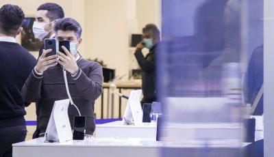 موبایل ساخت ایران استاندارد است؟/ ایران قطعات موبایل نمیسازد