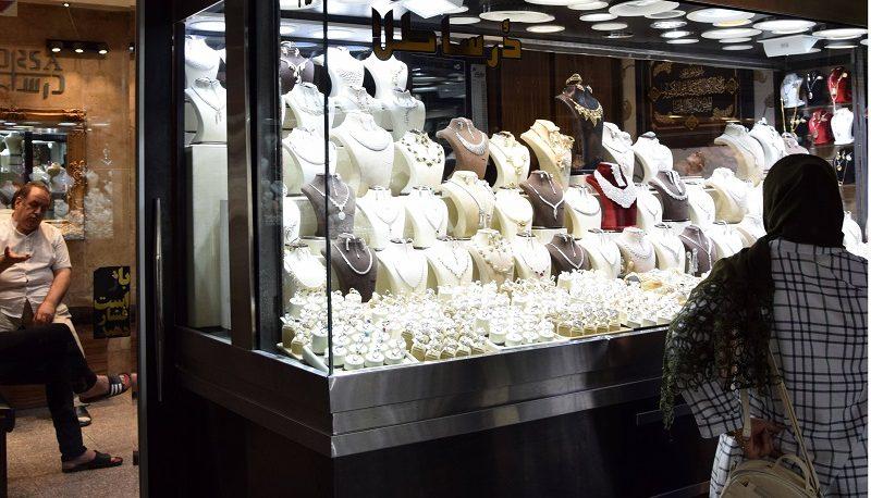 وضعیت بازارها در فروردین امسال / سکه ۷۰۰ هزار تومان ارزان شد!