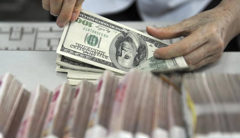 سقوط قیمت دلار چقدر جدی است؟ / دلار در دوره بایدن چقدر میشود؟