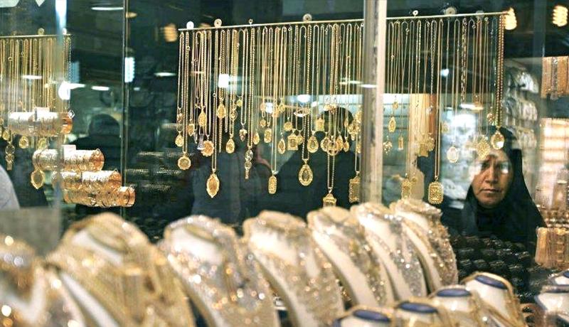 طلا ترسید / واکنش بازار طلا به دلار ۱۵ هزار تومانی روحانی
