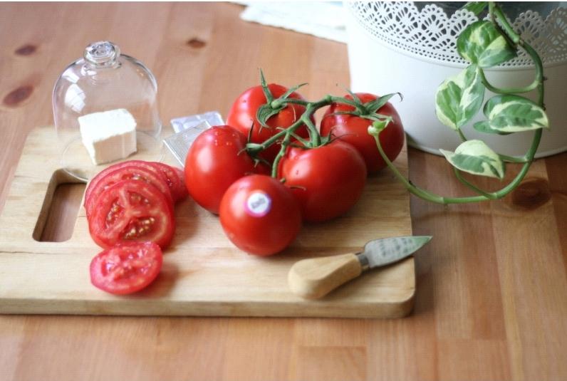 گوجه فرنگی و فواید آن برای سلامتی بدن انسان