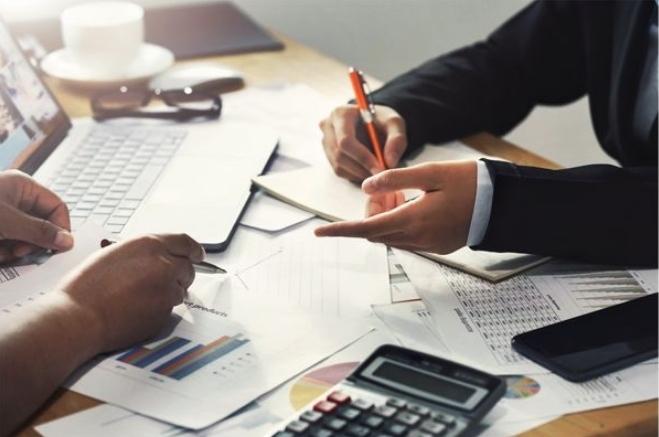 چگونگی کاهش مالیات توسط شرکتهای حسابداری