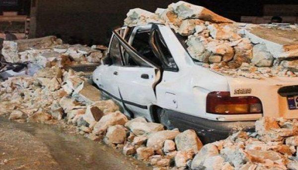 وضعیت زلزلهزدگان سیسخت بعد از سه روز / «نه کانکس داریم و نه چادر کافی»