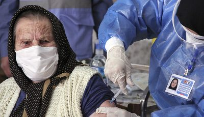 اتمام واکسیناسیون سالمندان ۸۰ سال به بالا