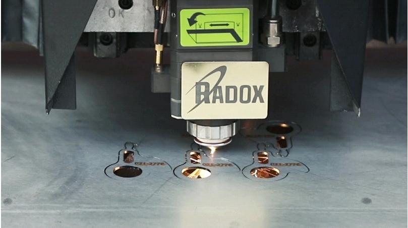 رادوکس بزرگترین تولیدکننده دستگاه برش لیزر سی ان سی در خاورمیانه