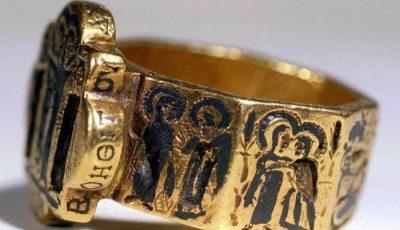 تاریخچه انگشتر و معنای استفاده در هر انگشت