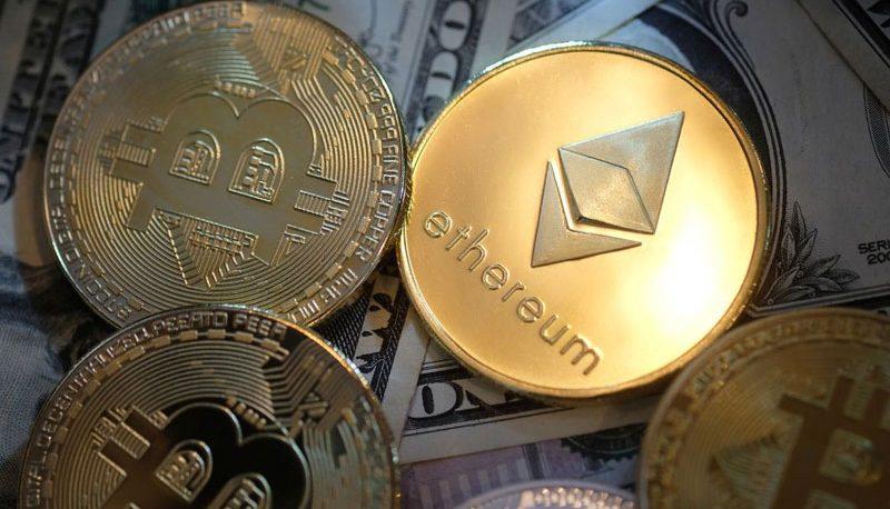 بازار رمزارزها باز هم افت کرد / کدام ارز دیجیتال در روز گذشته ۱۴ درصد رشد کرد؟