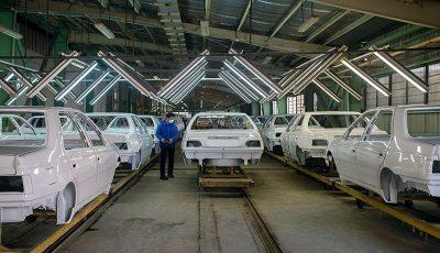 خودروسازان: زیانده هستیم/ پیشنهاد توقف تولید به خودروسازان!