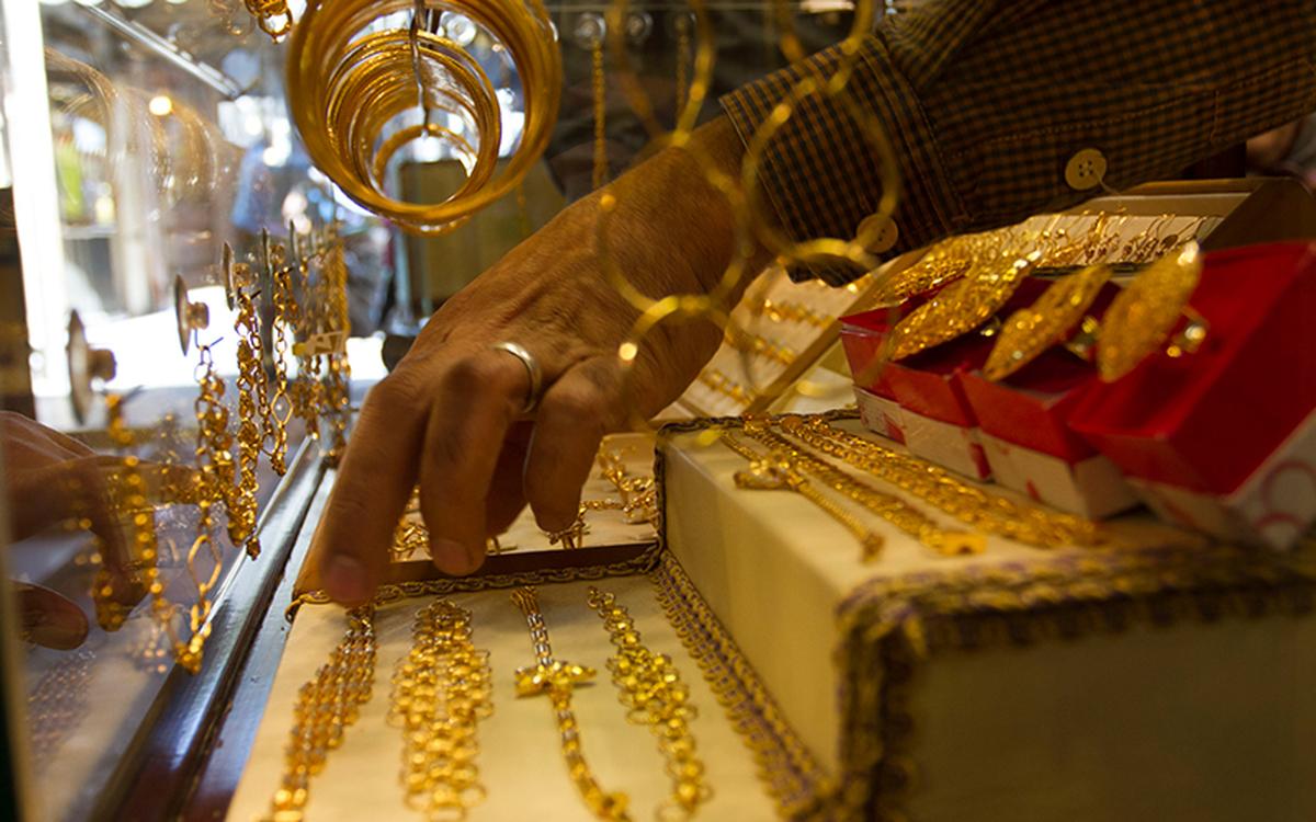 نگرانی جدید خریداران طلا / طلا هم مانند بورس میریزد؟