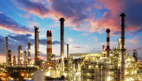 حذف سهمیهبندی تامین مواد اولیه صنایع پتروشیمی و فولاد